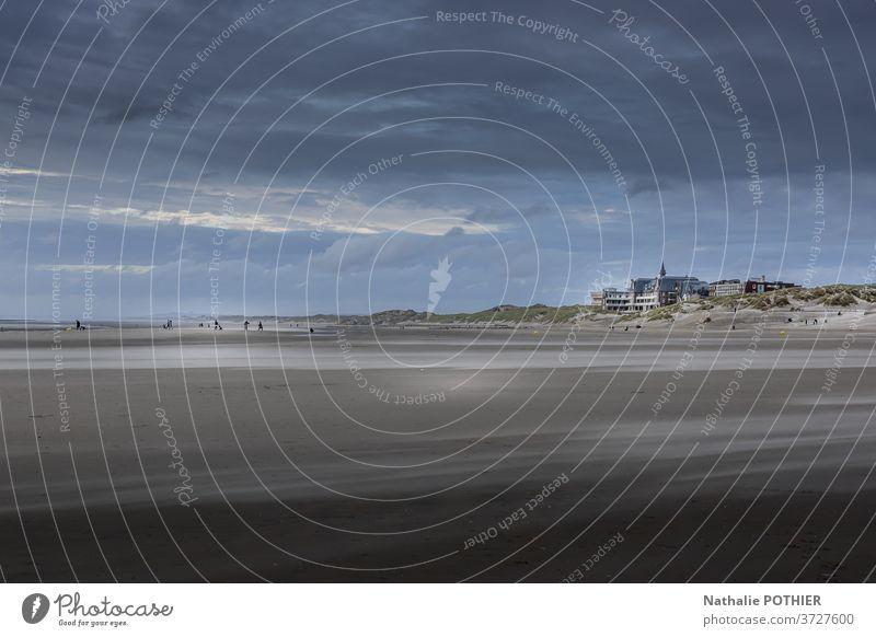 Strand von Berck sur Mer am Abend Sand MEER Uferlinie Meer Norden Himmel Wolken Cloud Wind Landschaft berck sur mer Pas de Calais Frankreich Seeküste Sommer