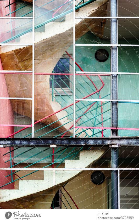 Treppe Treppenhaus Treppengeländer Architektur Gebäude aufsteigen Farbe türkis rosa rot Bauwerk