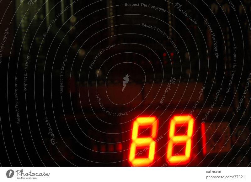 .: time bomb :. Ziffern & Zahlen Zähler Elektronik Elektrisches Gerät 68