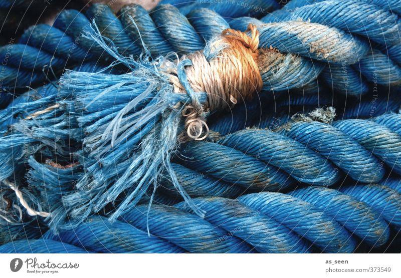 Flechtwerk Ferien & Urlaub & Reisen Strand Meer Segeln Seil Küste Schifffahrt Bootsfahrt Hafen Netzwerk alt einfach fest stark blau orange türkis weiß Kraft