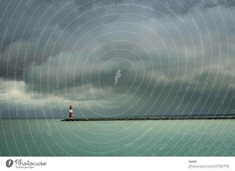 Der Wind kommt immer von vorn. Hintergrundbild Einsamkeit Küste Aussicht Saison Sommer Fernweh Wetter Umwelt Klima bedeckt Ostseeküste Tag Himmel Rostock