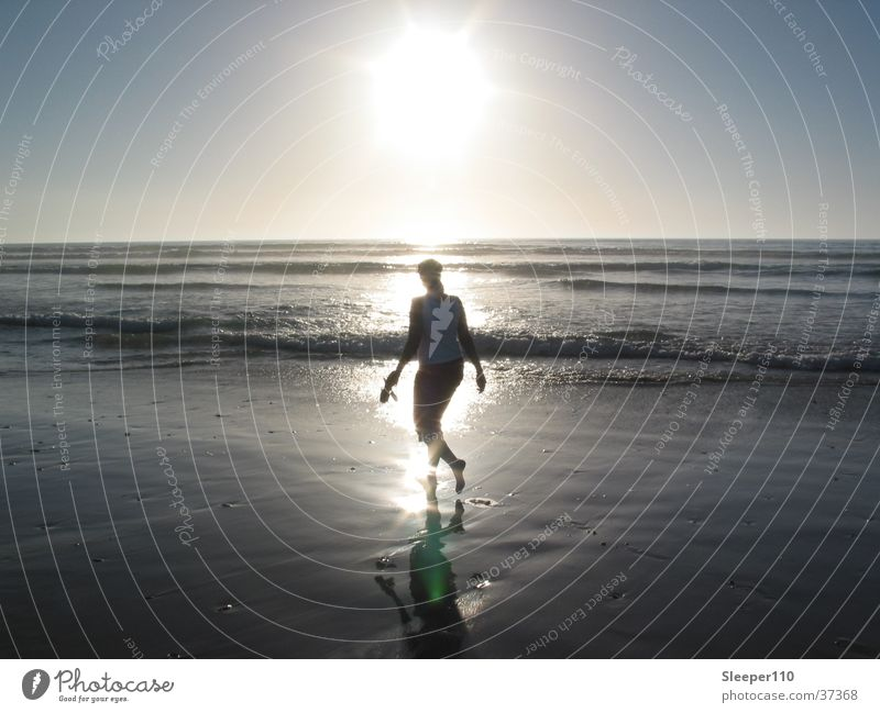 daydream Frau Wasser Sonne Meer blau Strand Wellen Afrika
