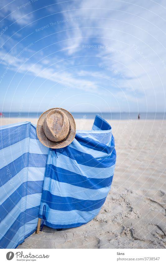 Windschutz am Strand Meer Küste Sand Ferien & Urlaub & Reisen Ostsee Himmel Tourismus Horizont Erholung Usedom Strohhut gestreift