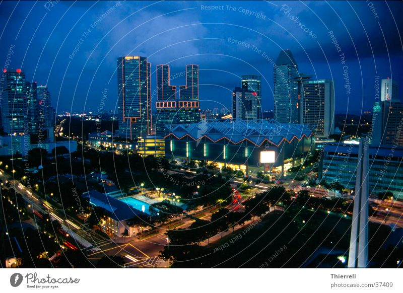Singapore by Nigt Stadt Erfolg Asien Skyline Singapore
