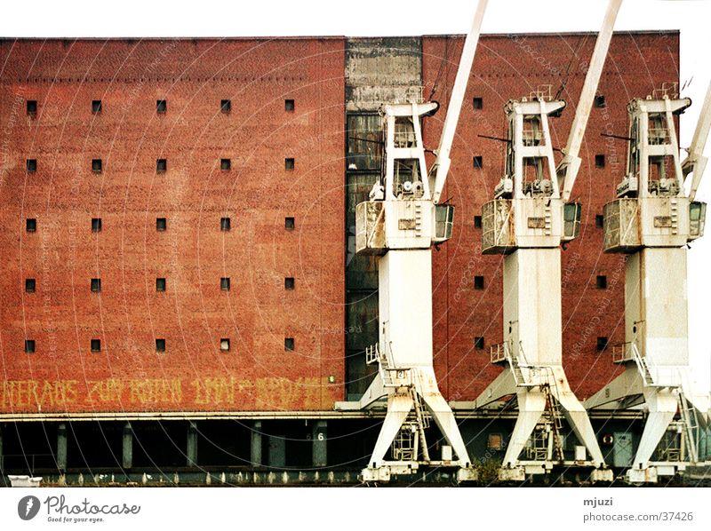 3 Kräne Kran Ware Industrie Hamburg Hafen Schiffverkehr Güterverkehr & Logistik Ausflug