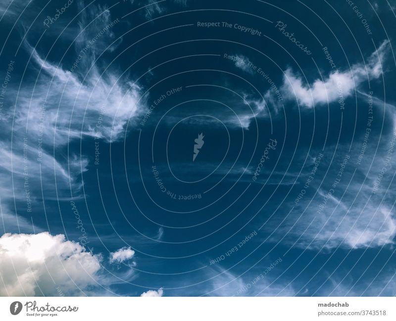 Wolken Hintergrund Himmel blau Sommer Wetter wolkig bewölkt Wolkenlandschaft Natur Cloud schön im Freien Umwelt abstrakt Schleier Phantasie Atmosphäre