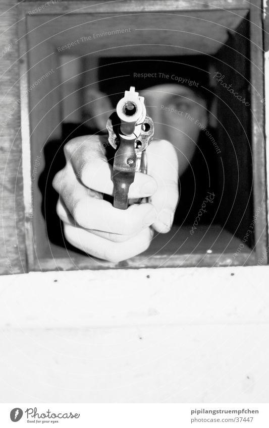 born to kill 2 Mensch Hand Waffe Pistole