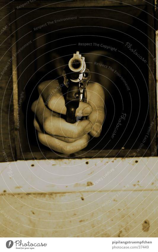 born to kill Mann Hand dunkel Waffe Pistole schießen