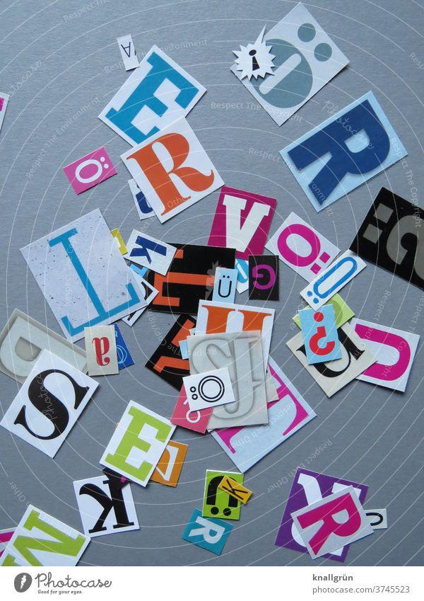 Buchstaben Typographie Schriftzeichen Wort Text Zeichen ausgeschnitten mehrfarbig anonym Collage Zeitschrift Zeitung Printmedien Symbole & Metaphern