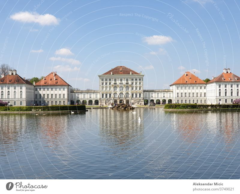 Schloss Nymphenburg (Schloss Nymphenburg) München Architektur Barock Bayern schön blau Gebäude Großstadt Europa Garten Deutschland Historie See Wahrzeichen