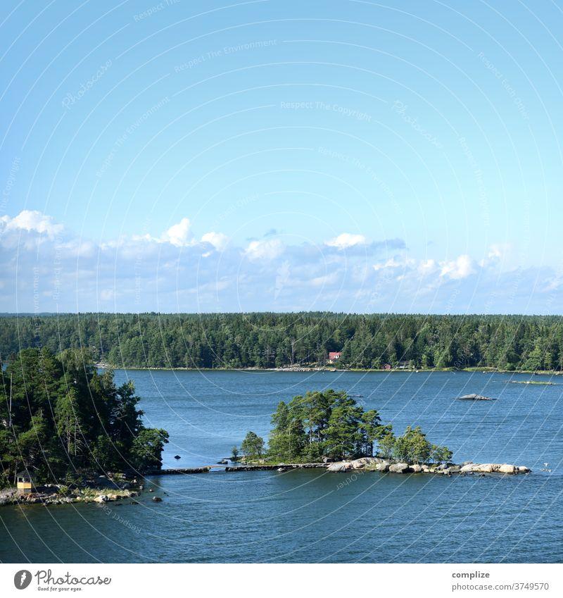 Insel mit Brücke Horizont ostseeküste Ostsee Skandinavien Küste Strand Felsenküste felsen Kiefer weite Meer Finnland Österbotten Urlaub