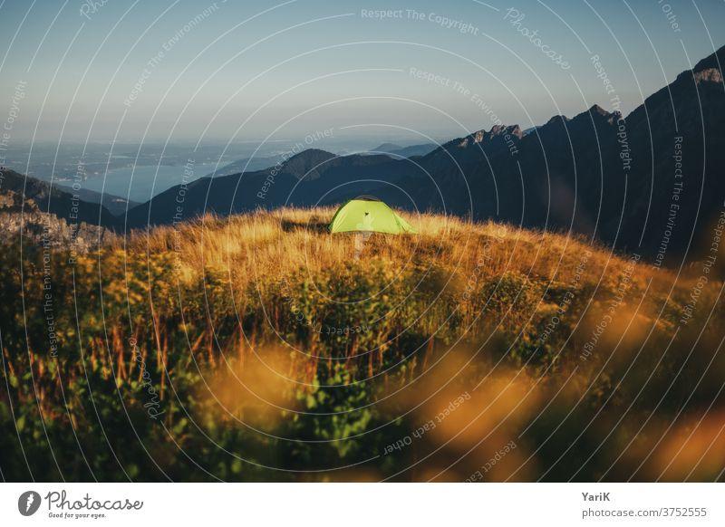freie platzwahl camping zelten campen lagern übernachten hügel berg alpen italien val grande natur erholung wandern reisen urlaub ruhe einsam allein