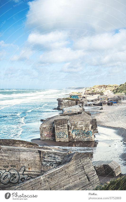 Küstenbatterie Furreby bei Løkken an der Nordseeküste Dänemarks Strand natur landschaft nordseeküste dünen sommer reise dänemark europa meer sand weiß blau