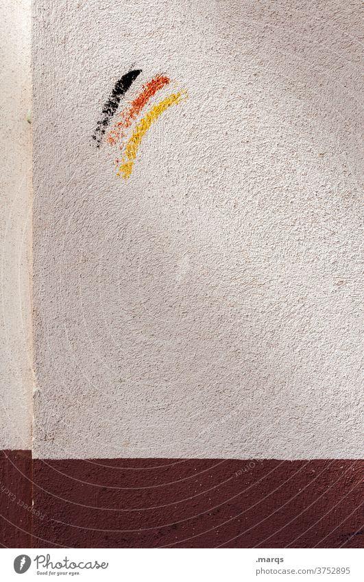 Ein bisschen Deutschland Wand weiß braun Deutsche Flagge Farbstoff Schmiererei Vandalismus Fan Patriotismus Politik & Staat Deutschlandfahne Nationalflagge