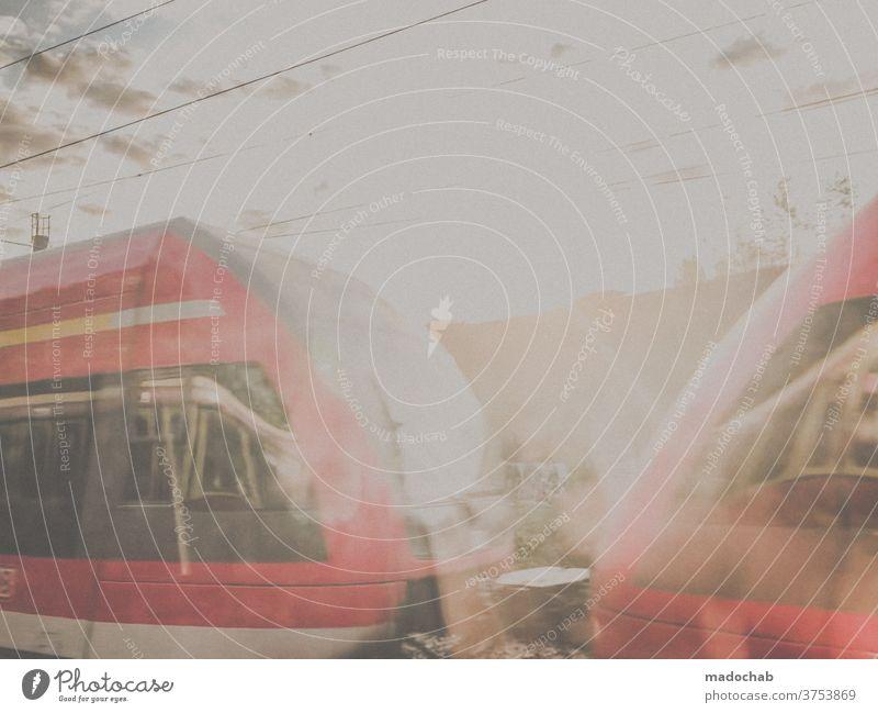 S-Bahn Berlin Zug Transport Mobilität Verkehr Schiene urban reisen Öffentlich Reise Personennahverkehr umweltfreundlich Station Geschwindigkeit Eisenbahn
