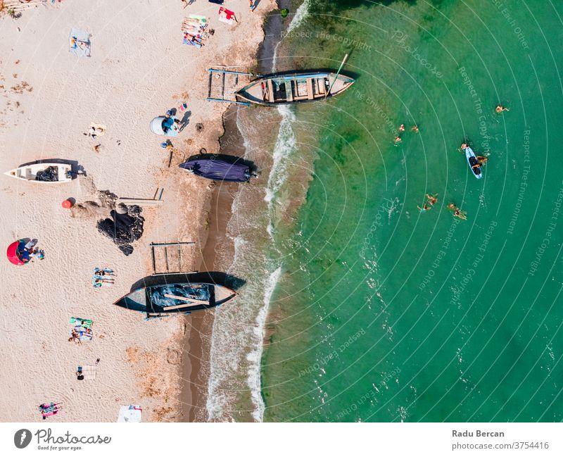 Luftaufnahme von Booten am Strand, Meereslandschaft Landschaft reisen blau Natur Urlaub Sommer MEER Wasser Antenne Feiertag Hintergrund Sand schön Tourismus