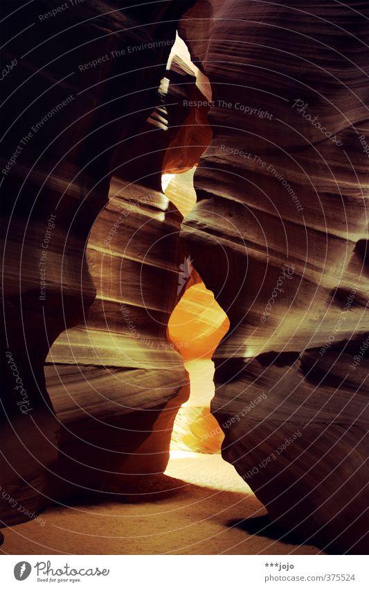 canyon, ohne antilopen. Natur Ferien & Urlaub & Reisen Landschaft Wege & Pfade Stein Felsen orange USA Wüste trocken Amerika eng Schlucht Höhle Lichtspiel Sandstein