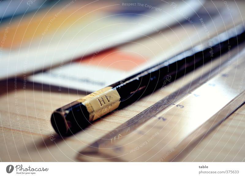 Hart4 Basteln Büroarbeit Arbeitsplatz Medienbranche Werbebranche Messinstrument Lineal Bleistift Falzbein Schreibwaren Papier Schreibstift Holz Kunststoff