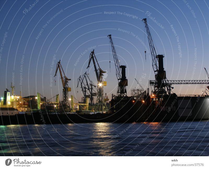 Kräne im Hamburger Hafen Kran Schifffahrt Elbe