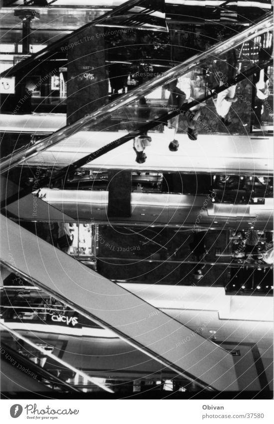 Kaufhaus Mensch Architektur Glas Spiegel New York City Rolltreppe