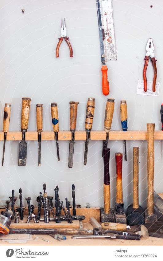 Werkstatt Schraubendreher Beruf Reparatur dreckig Handwerk Arbeitsplatz Handwerker Arbeit & Erwerbstätigkeit Werkzeug diy Holz Lager Konstruktion Ablage
