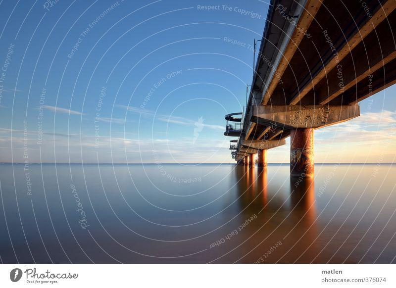 pier I Landschaft Wasser Himmel Wolkenloser Himmel Frühling Wetter Schönes Wetter Küste Meer blau Seebrücke Farbfoto Menschenleer Textfreiraum links