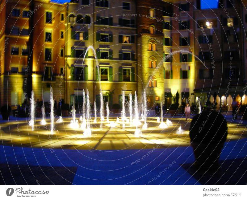 Wasserspiele Wasserfontäne Nacht Lichtspiel Freizeit & Hobby italienischer Brunnen