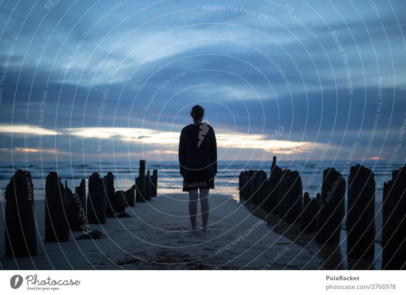 #A2# Standing Still I Strand stehen Buhnen Ostsee Küste Landschaft Himmel Meer Wasser Farbfoto Natur Außenaufnahme Ferien & Urlaub & Reisen