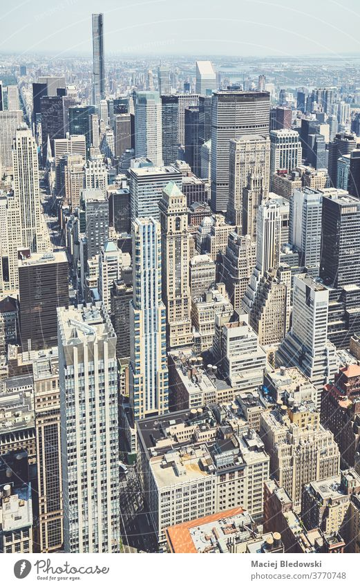 Retro-getönte Luftaufnahme von Manhattan, New York City, USA. neu Antenne Großstadt Gebäude Business Wolkenkratzer Skyline retro altehrwürdig gefiltert