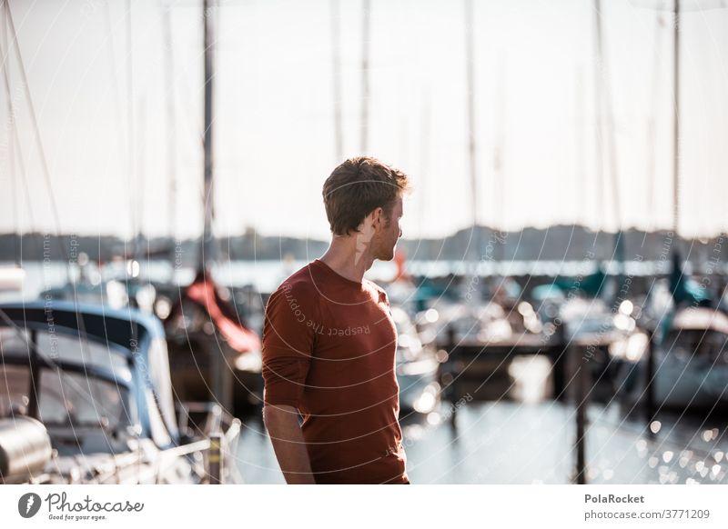 #A2# Mann am Hafen Hafencity Hafengebiet Hafenarbeiter Hafenrundfahrt erkunden Urlaub Urlaubsfoto Urlaubsort Steg schauen Zukunft Erfolg erfolgreich Segelboot
