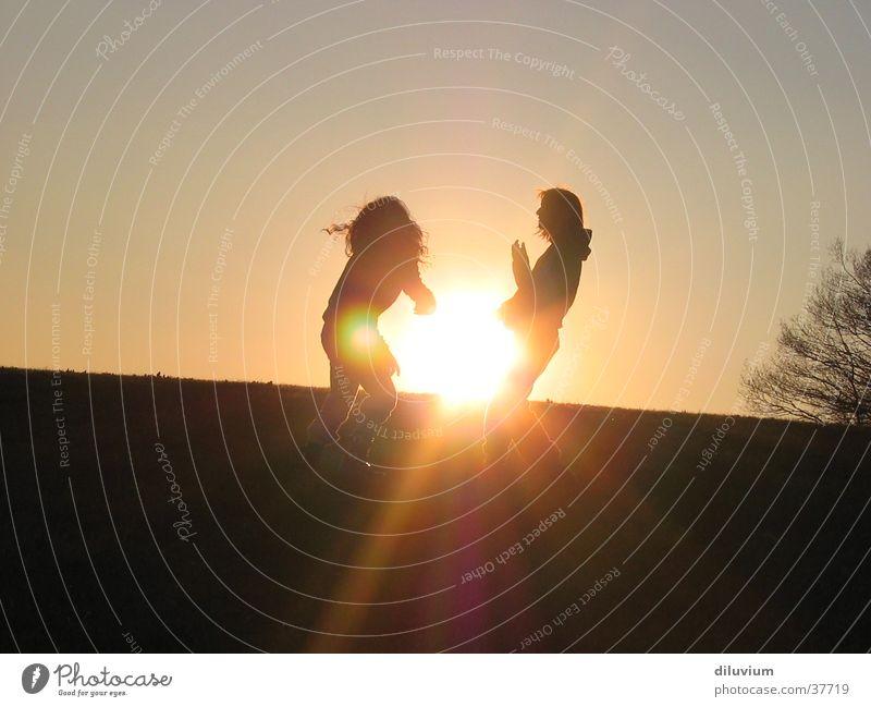 energie Mädchen Sonne Wiese 2