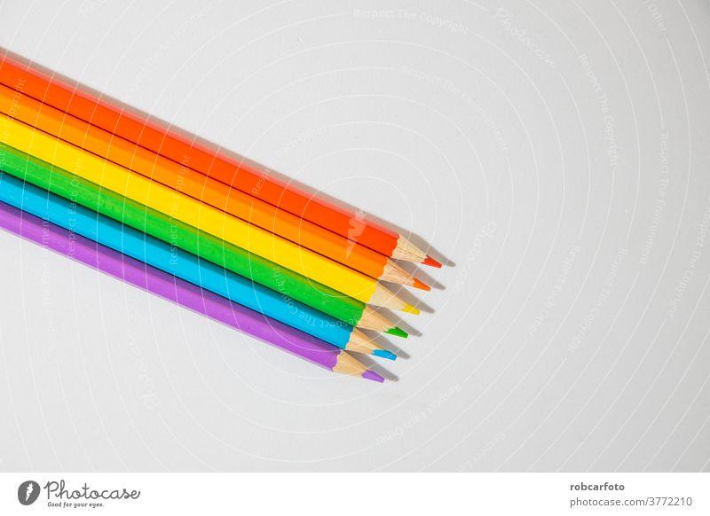 farbige Holzstifte, die die Farben der LGBTI-Flagge bilden Hintergrund lesbisch Regenbogen bisexuell lgbti Zeichen Fahne Grafik u. Illustration Transparente
