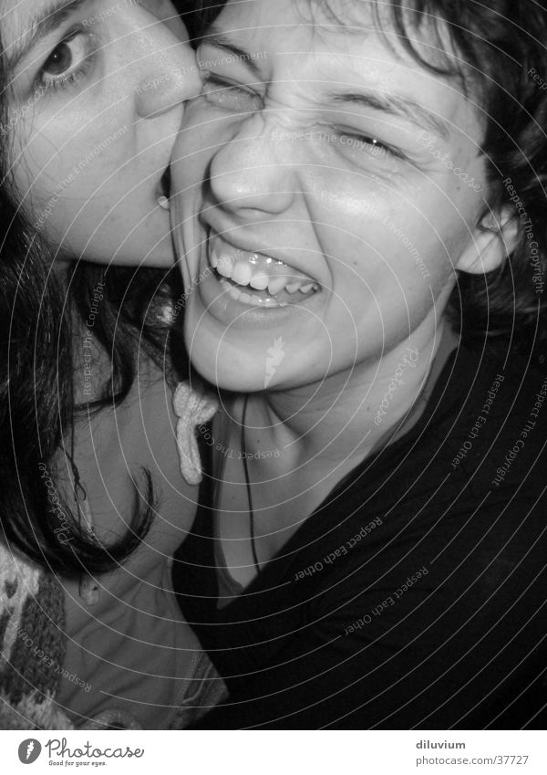 Freunde Frau Mensch Gesicht lachen beißen Schwarzweißfoto Zähne