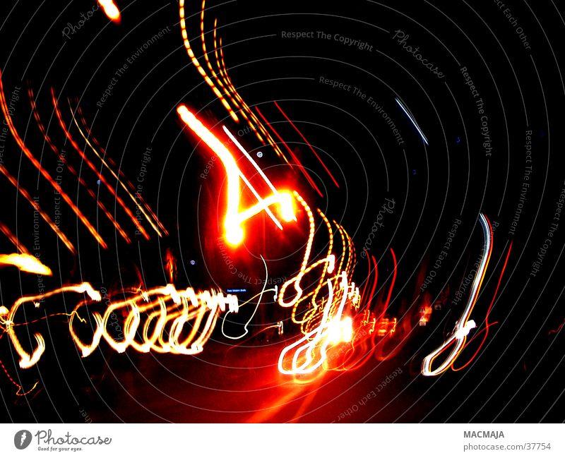 traffic_4 Licht rot gelb schwarz Nacht Verkehr Fototechnik Beleuchtung Scheinwerfer Bewegung