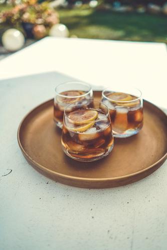 Einen Sommer-Drink bitte sommerlich Sommerlaune Kaffee Kaffeetrinken Kaffeepause Espresso Cocktail Eis kalt Sommertag Sommergefühl Zitrone