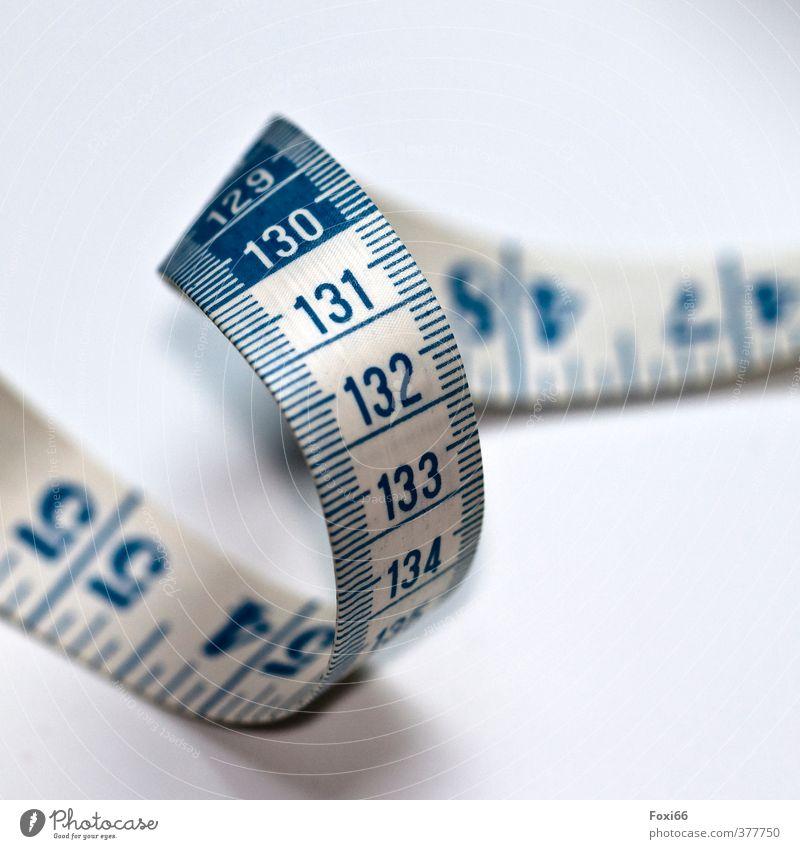 vermessen blau schön weiß Farbe Gesunde Ernährung Sport Bewegung Linie Arbeit & Erwerbstätigkeit Körper Zufriedenheit Ordnung Perspektive Fitness Schnur Ziffern & Zahlen