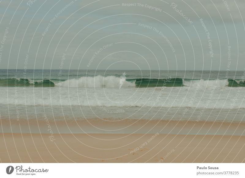 Strandlandschaft Landschaft Badeurlaub Sand Sandstrand Wellen Atlantik Meer Meeresstrand MEER reisen Himmel Urlaub Sommerurlaub Tourismus