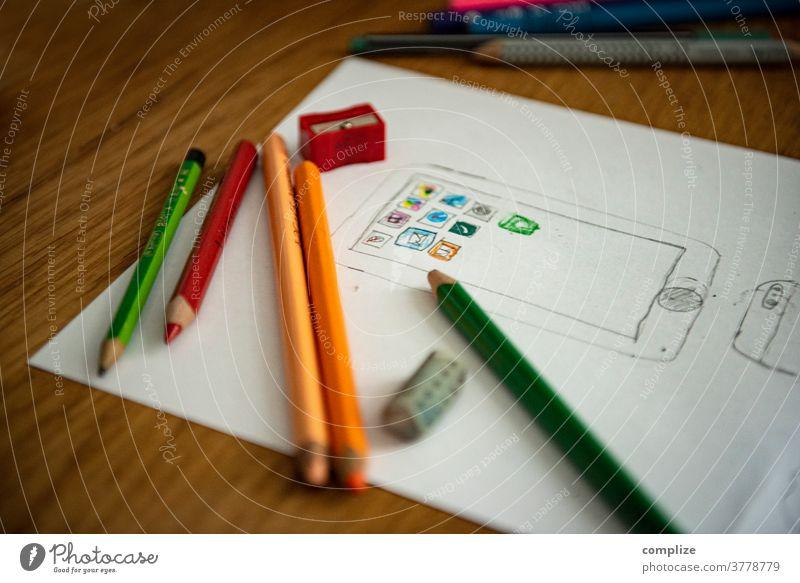 Smartphone & Apps gemalt von einem Kind app Applikation handy malen kreativ Internet Technologie telefonieren Kunst Unterricht zeichnen Buntstifte Stifte iPhone