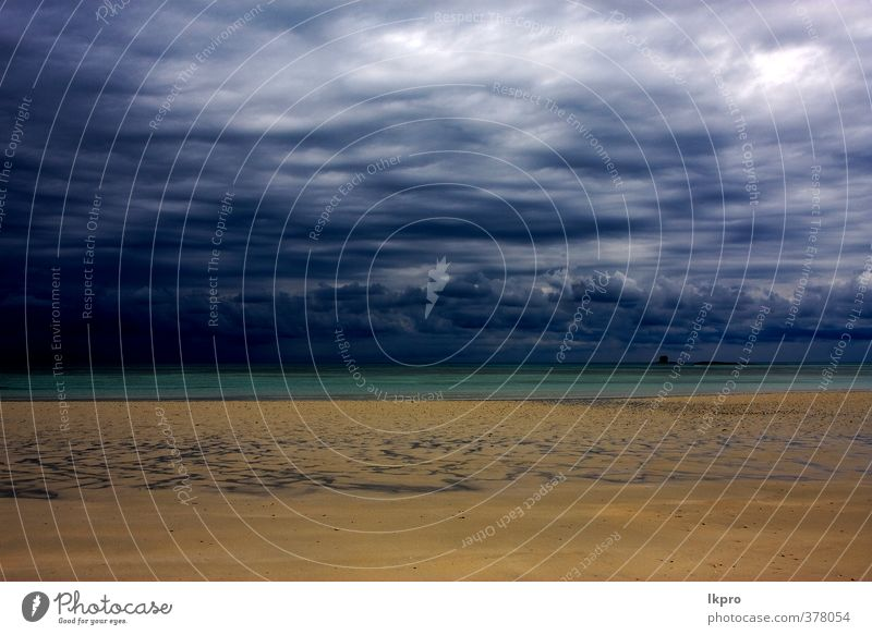 bewölkt im indischen Ozean Madagaskar Sandinsel Strand Ferien & Urlaub & Reisen Ausflug Meer Insel Wellen Natur Himmel Wolken Hügel Felsen Küste Stein Linie