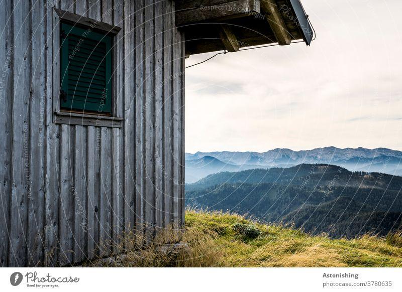 Hütte in den Bergen Berghütte Ötscher Alpen Österreich wandern Gipfel Landschaftsformen Nahaufnahme Wiese hoch Berge u. Gebirge Außenaufnahme Farbfoto Natur