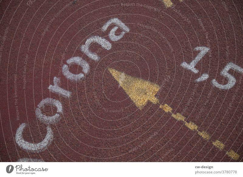 Ein Meter fünfzig Abstand halten - corona thoughts Pandemie Infektionsgefahr Schutz Coronavirus Ansteckend Gesundheit COVID Corona-Virus Krankheit Schützen