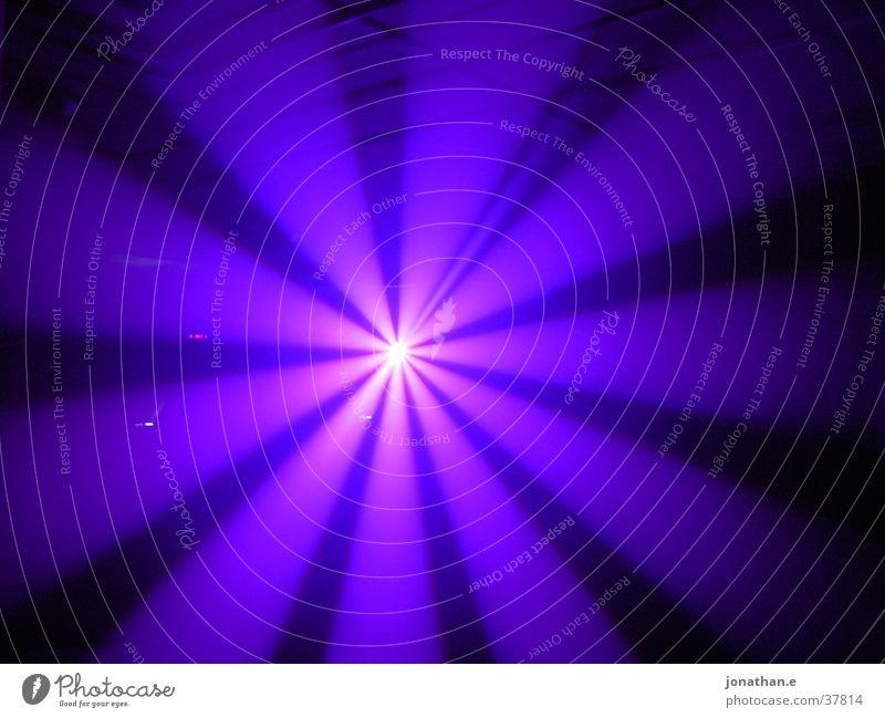 Tunnel 1 hell Beleuchtung violett Tunnel Lightshow Fototechnik Scanner Veranstaltungstechnik