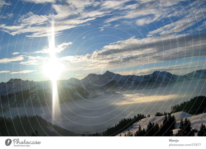 Sundown Wolken Blitze Berge u. Gebirge Sonne