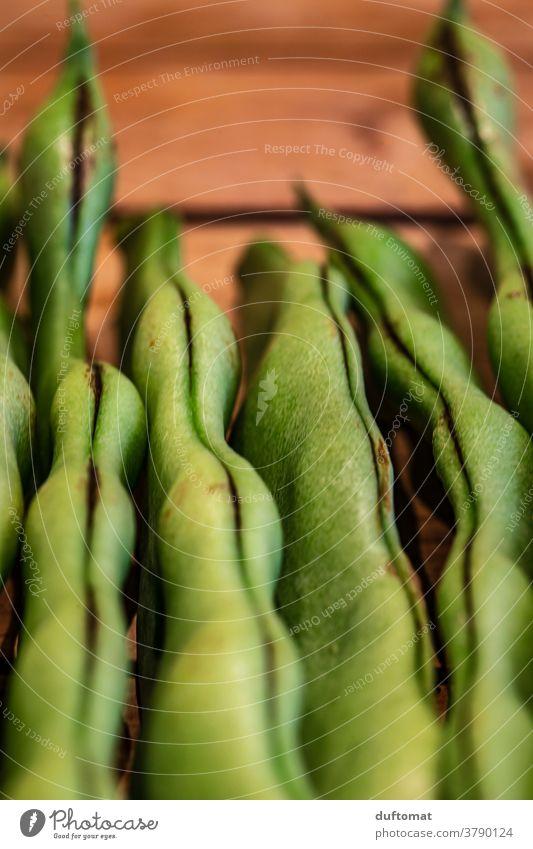 Makro Foto von liegenden grünen Bohnen Stangenbohnen Ernährung Stapel Makroaufnahme Strukturen & Formen struktur Vegetarische Ernährung Vegane Ernährung Gemüse