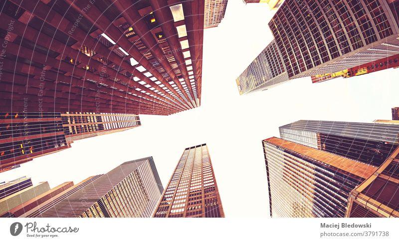 Blick auf die Turmreihe von Manhattan, New York City, USA. Großstadt Wolkenkratzer New York State Business Gebäude nachschlagen gefiltert nyc Büro