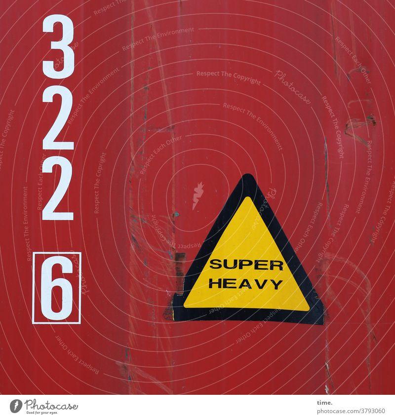 Insider Informationen container metall eisen tageslicht blech rot schwer schriftzeichen buchstaben zahlen identifizierung hinweis markierung beule druckstelle