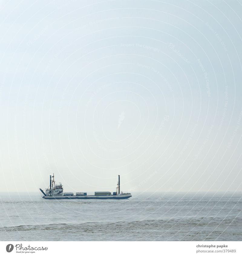 The Transporter Wolkenloser Himmel Nordsee Meer Verkehr Güterverkehr & Logistik Lastwagen Schifffahrt Binnenschifffahrt Containerschiff fahren Schwimmen & Baden
