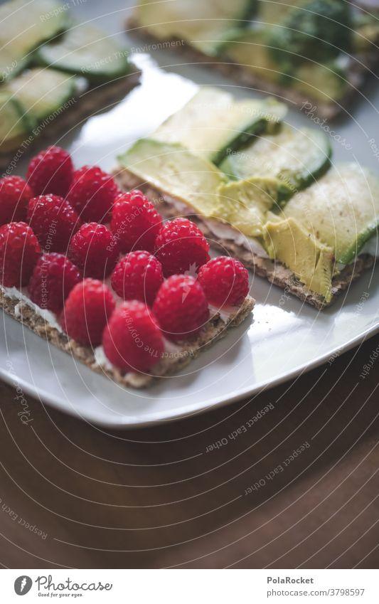#A# Frühstück mit Himbeeren und Avocado Foodfotografie Essen Diät Gesunde Ernährung Gesundheit Bioprodukte Farbfoto Vegetarische Ernährung Lebensmittel