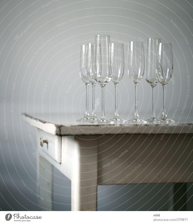 Sektempfang II Alkohol Prosecco Champagner Glas Sektglas elegant Stil Design Häusliches Leben Wohnung Möbel Tisch Feste & Feiern ästhetisch Farbfoto
