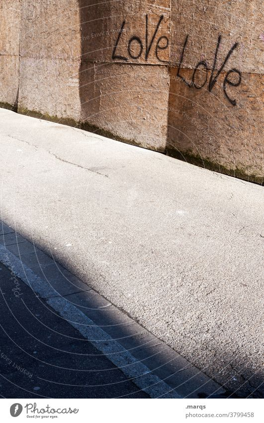 Love Love Schriftzeichen Liebe Graffiti Holzwand Straße Licht Schatten Liebeserklärung Romantik Kommunizieren